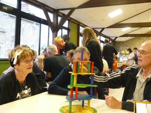 Villa paletti : saurez-vous construire la villa jusqu'en haut ?