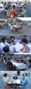 Repas et jeux dans la cour